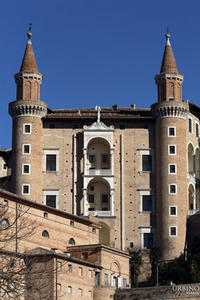 palazzo-ducale-urbino_large1
