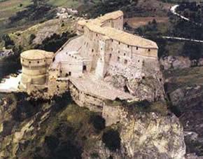L'antica rocca - fortezza  di San Leo